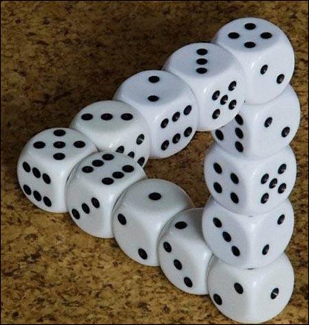 игральные кости кубики